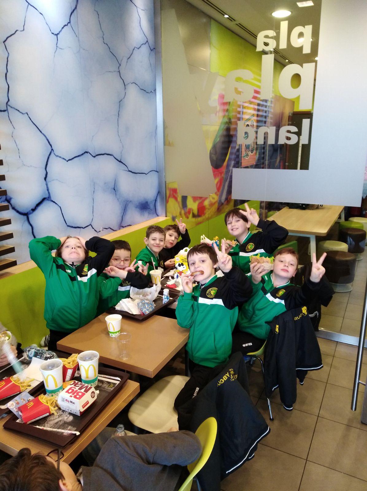 I Leoncini della Under 8 sfidano il freddo ad Abbiategrasso.